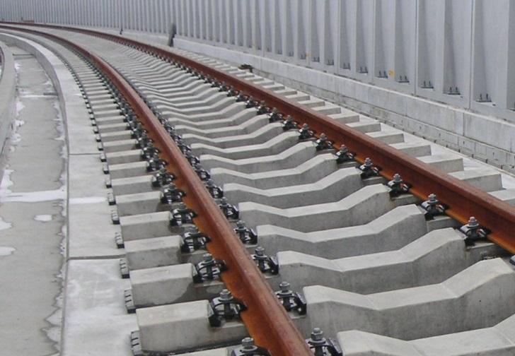 D型弾性まくらぎ直結軌道 | 研究開発 | JR 公益財団法人 鉄道総合技術 ...